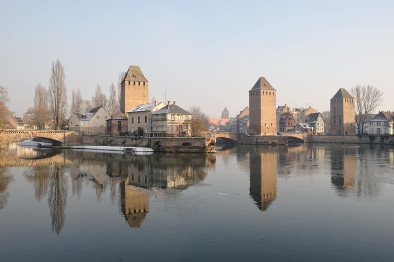 Les Ponts Couverts dans le quartier de la Petite France à Strasbourg...