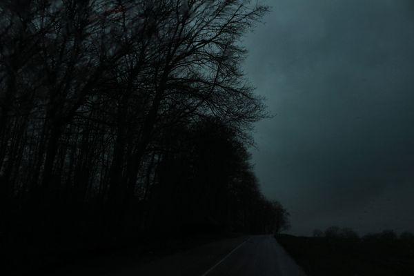 Les routes sombres