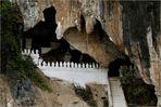 """""""Les spsendides grottes de Pak Ou"""""""