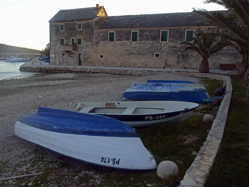 Les trois barques a la plage ... Die drei Boote am Strand ...
