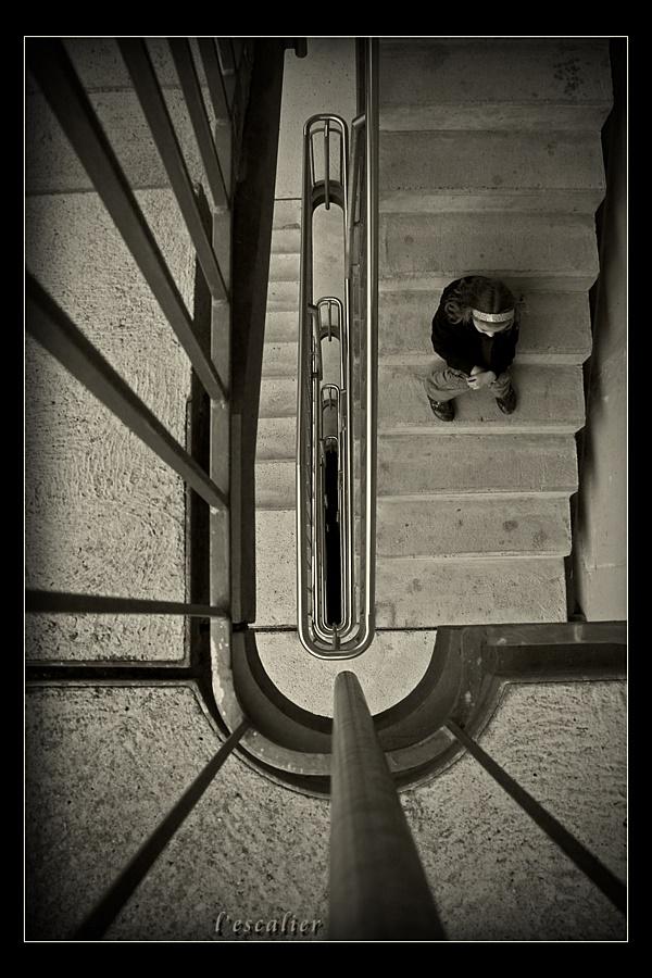 ~~~ l'escalier - Die Treppe ~~~