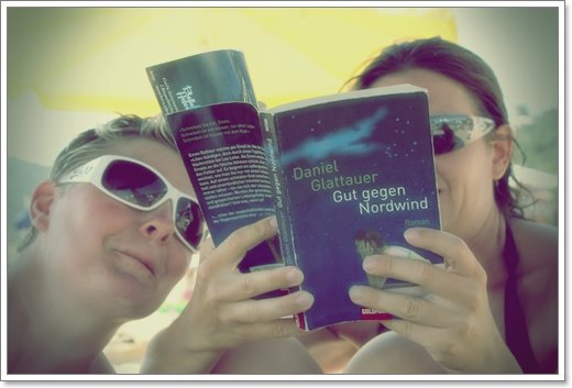 Leseratten am Strand