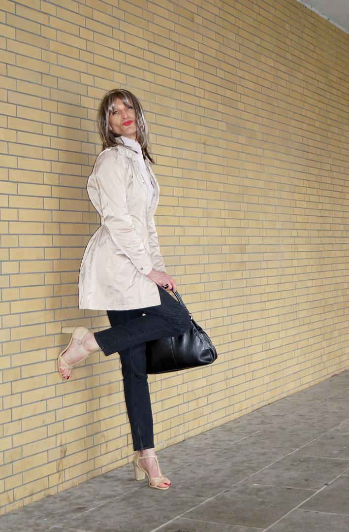Letizia Stone Fashion World