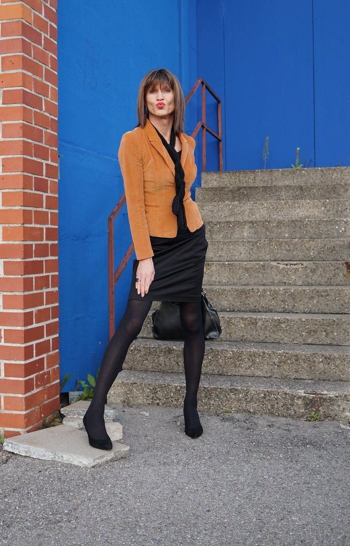 Letizia Stone Fashion World 2