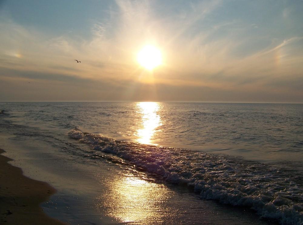 Letnie morskie niebo