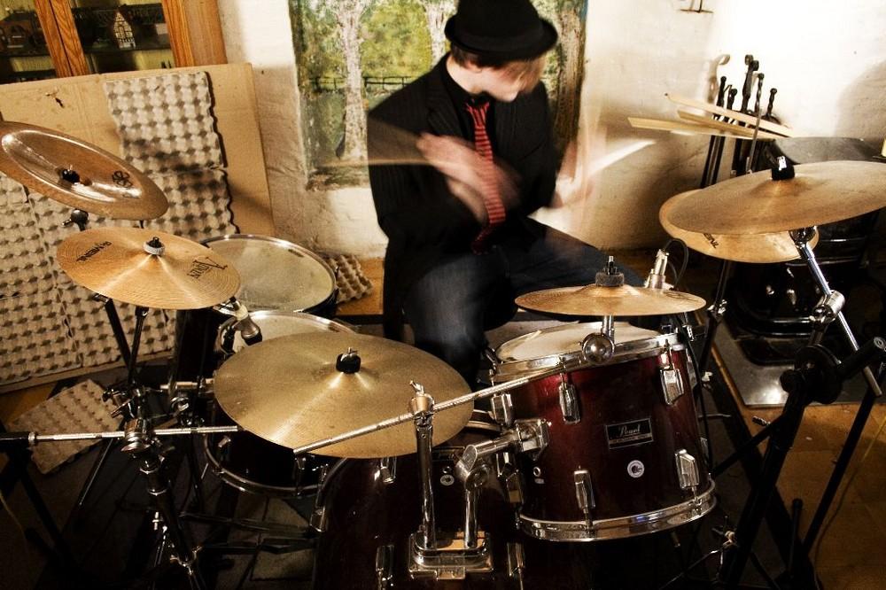 Lets Drum around..