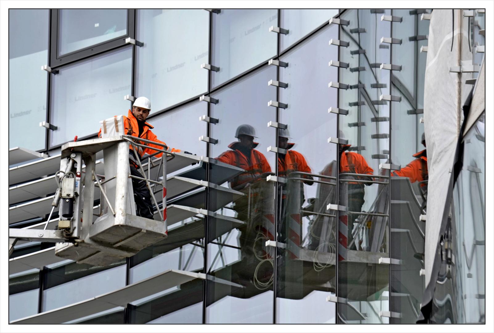 Letzte Außenarbeiten an der Fassade!