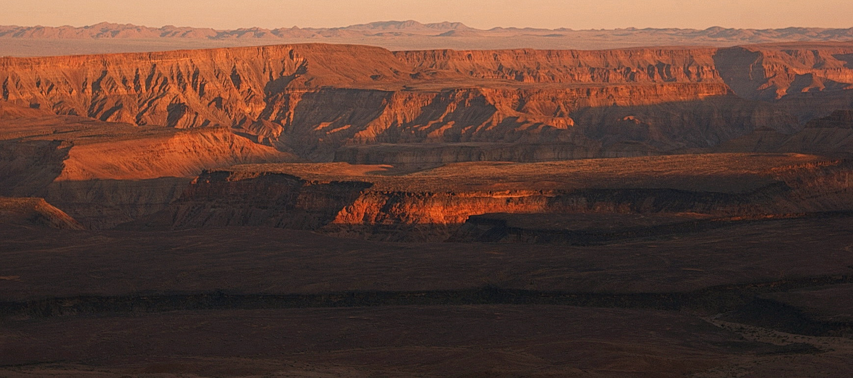 Letzte Sonnenstrahlen am Fish River Canyon
