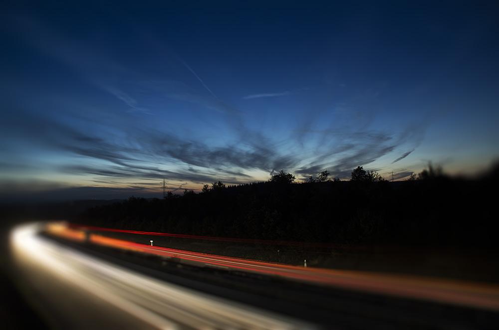 Leuchten der Autobahn