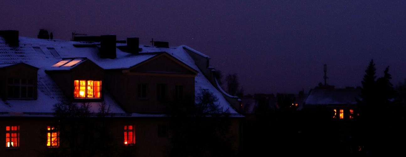 Leuchten zwischen Schnee