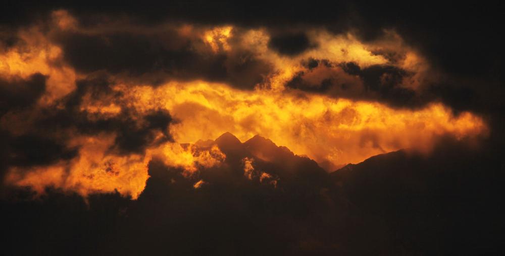 leuchtende berge