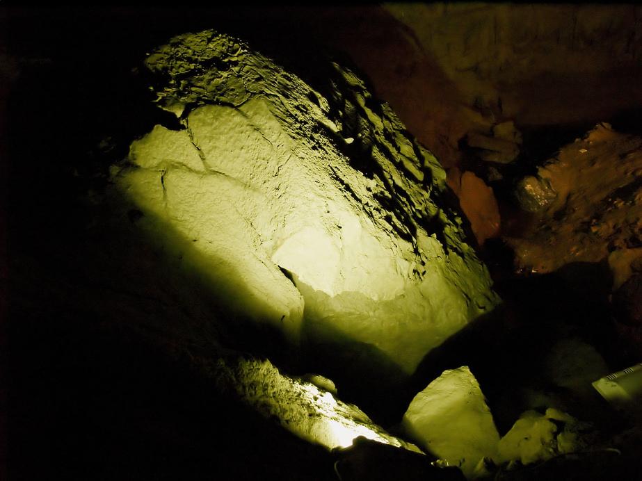 leuchtender Stein