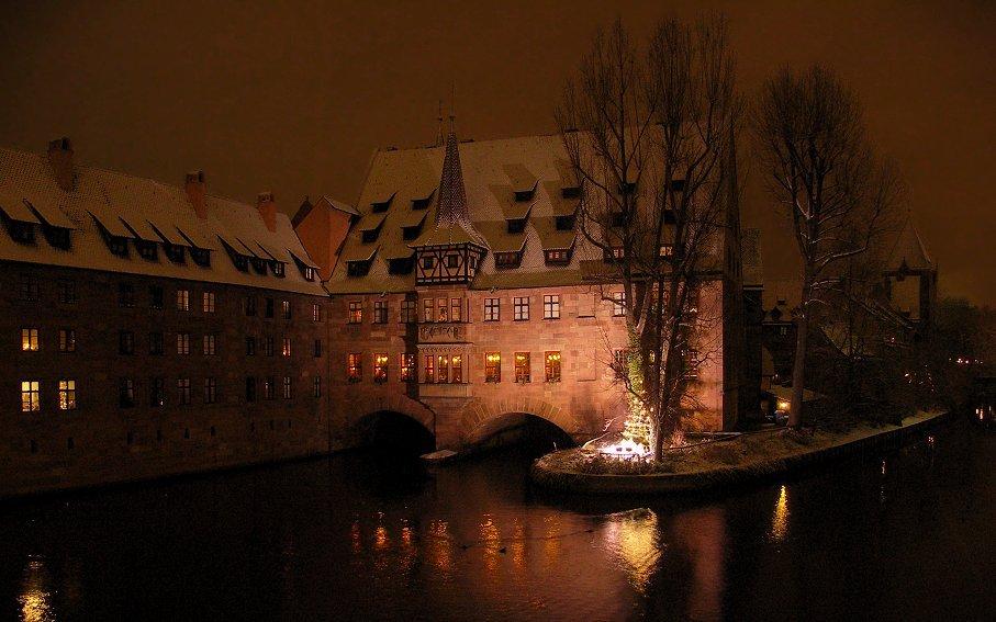 Leuchtendes Haus in Nürnberg