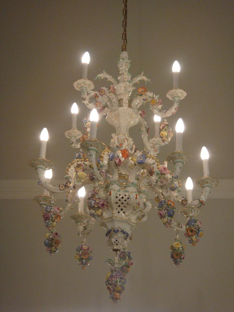 galerie capodimonte chandelier capodimonte of pearl chandelier 5 kronleuchter porzellan