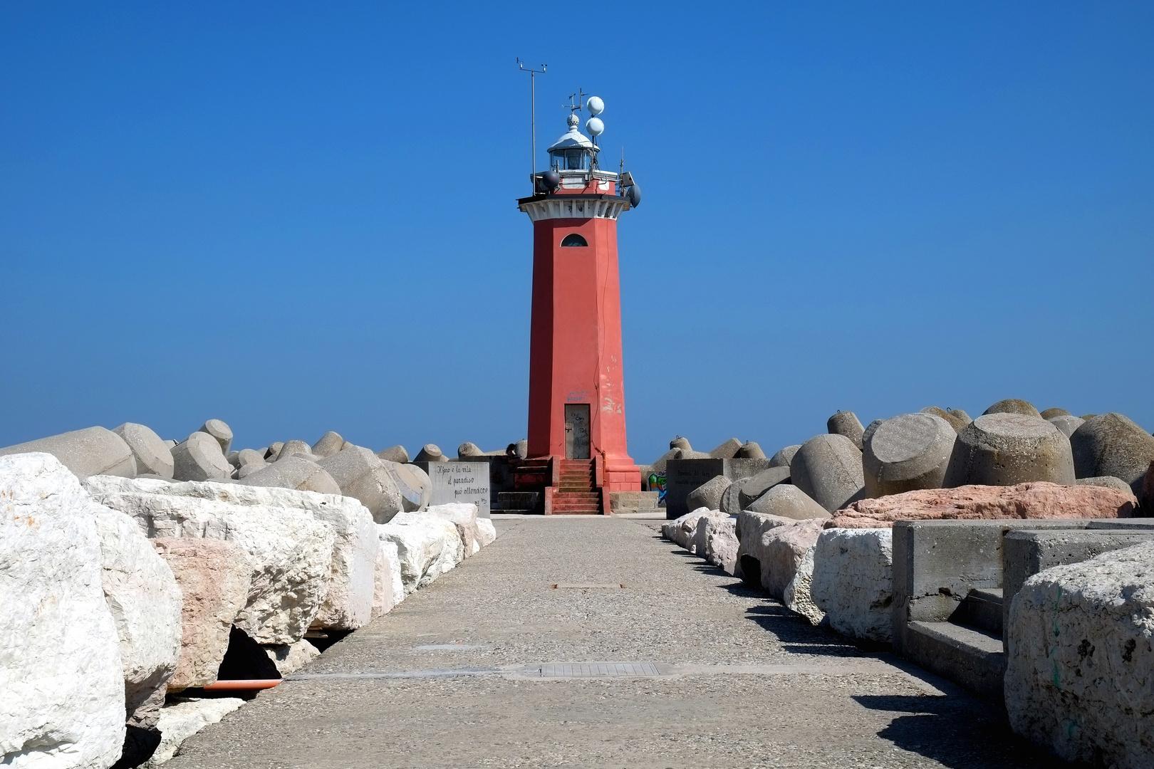 Leuchtturm am Ende vom Lido