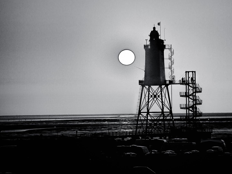 Leuchtturm Dorum-Neufeld bei Sonnenuntergang