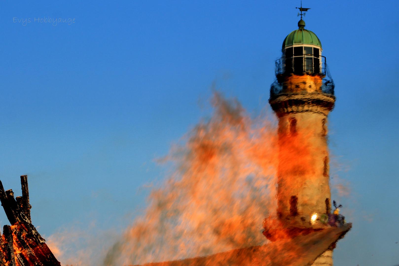 Leuchtturm in Flammen - mal anders