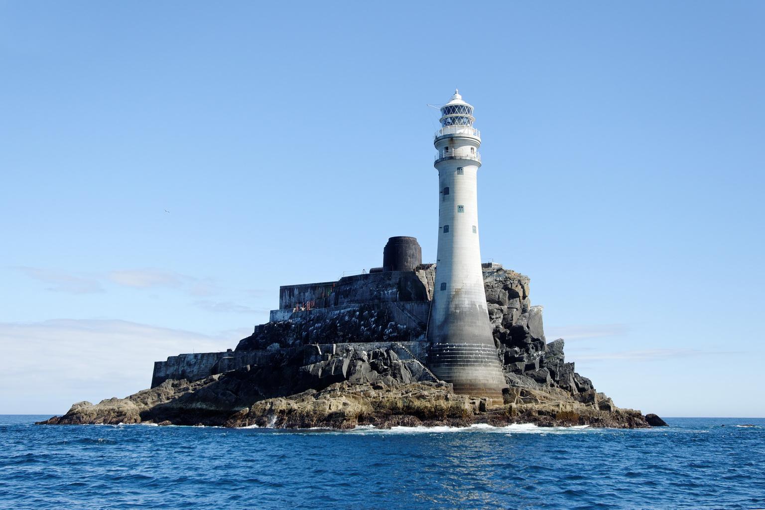Leuchtturm vor der Küste von Süd-Irland - 2