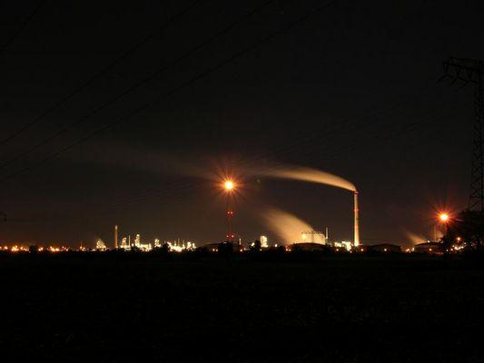 Leuna bei Nacht