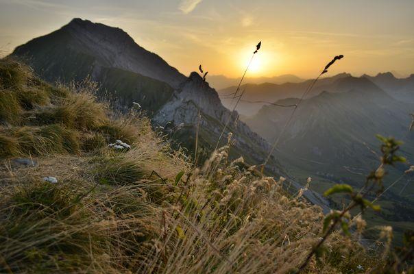 Levé de soleil sur L'aiguille Verte (Grand-Bornand)
