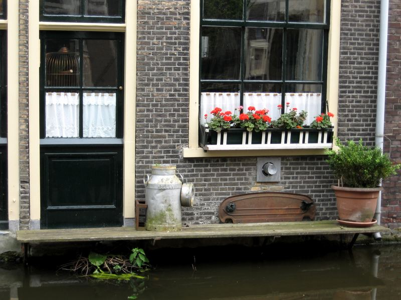 Leven op de gracht (life on the canal)