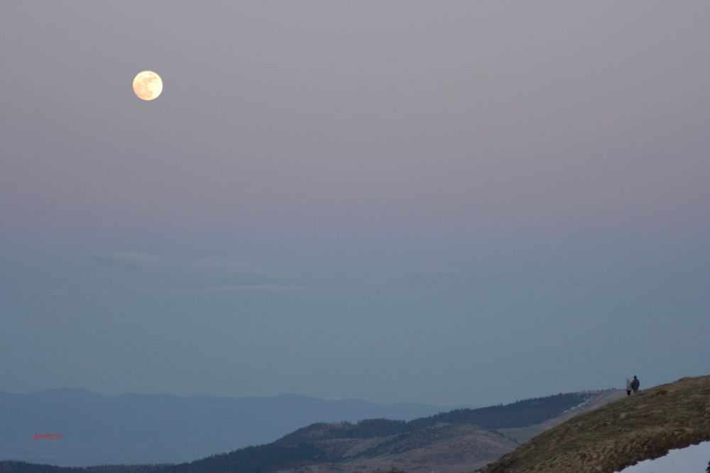 lever de pleine lune ...