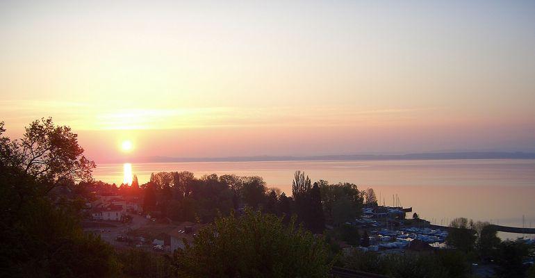 lever de soleil à La Béroche