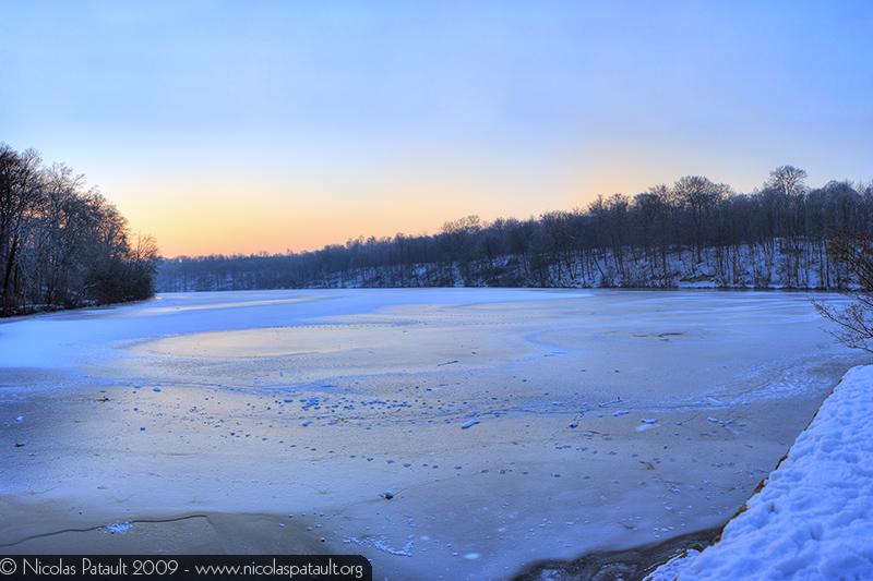 Lever de soleil hivernal - Panorama de 12 photos