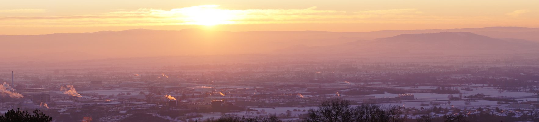 Lever de soleil sur l'Auvergne