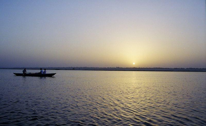 Lever du jour à Benares