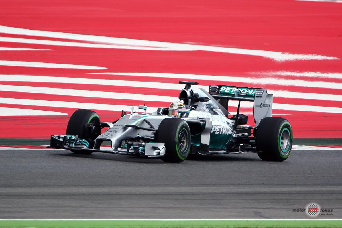 Lewis zwischen Grün und Rot