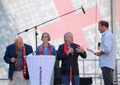 Leyendecker Geissler EvKirchentag Stuttgart +Glosse Juni15