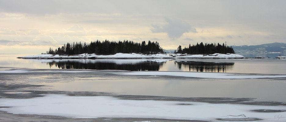 L'hiver sur le fleuve