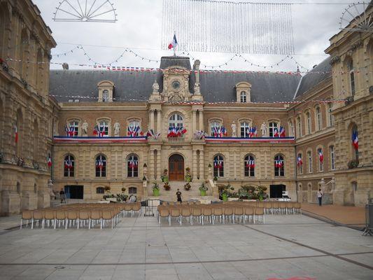 L'Hôtel de Ville d'AMIENS
