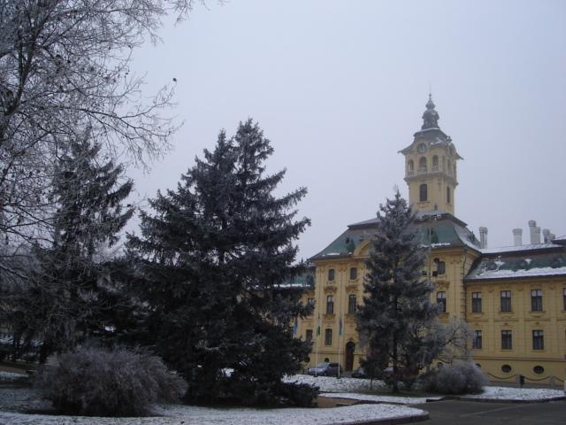 L'Hôtel de Ville sous la neige, Szeged