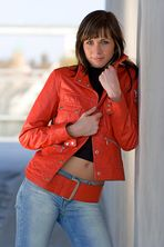 Liane in red III