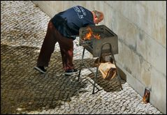 Liberté au Portugal......Barbecue dans la rue!