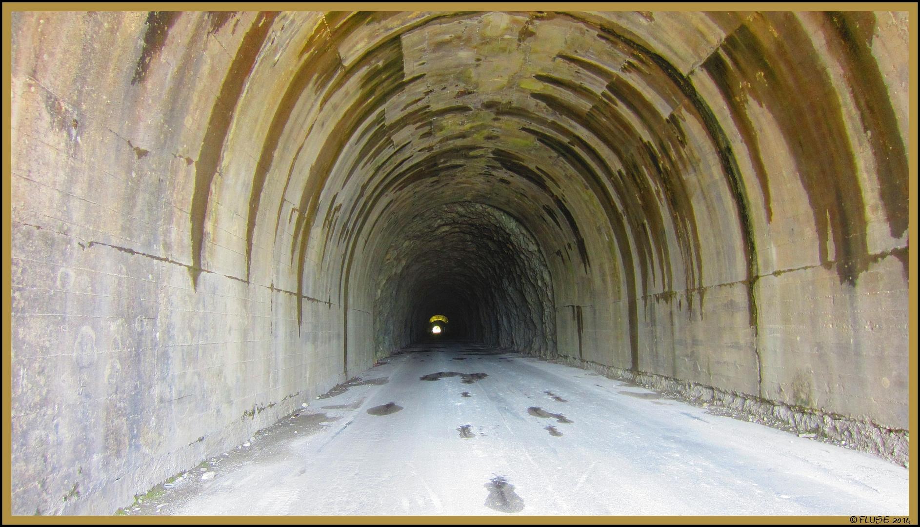 Licht am Ende des Tunnels (zur Garfagnana)