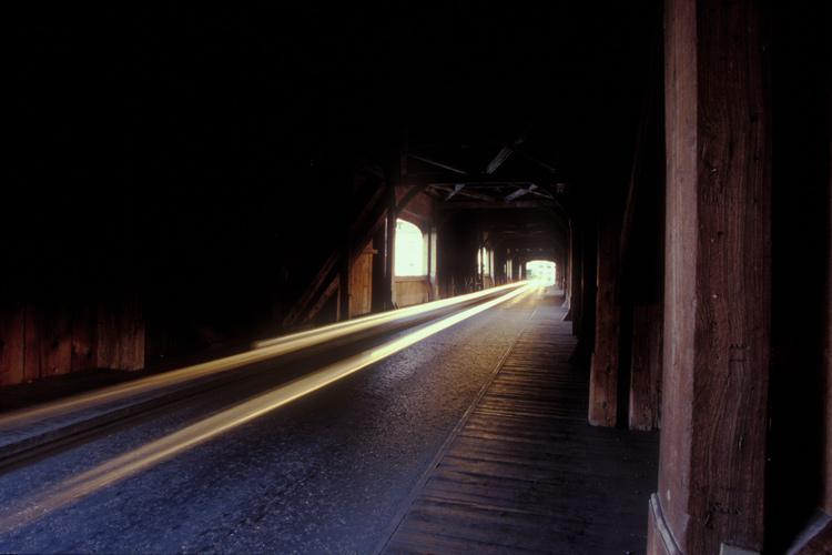 Licht aus dem Ende des Tunnels
