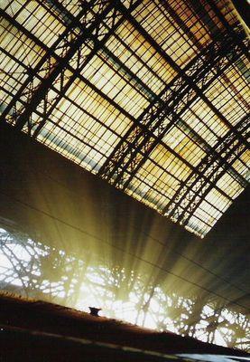 Licht im Bahnhof