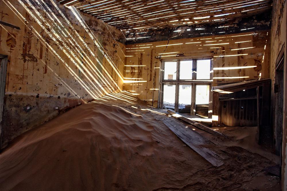 licht und schatten foto bild architektur namibia motive bilder auf fotocommunity. Black Bedroom Furniture Sets. Home Design Ideas