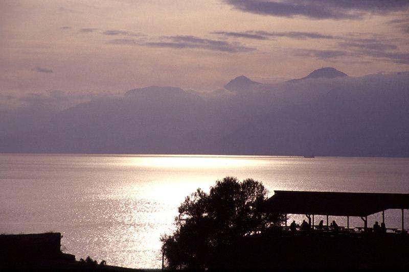 Licht und Schatten 6: Schöne Aussicht in Antalia