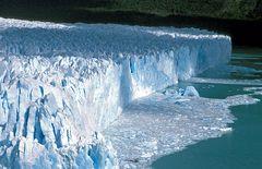 Licht und Schatten am Perito Moreno Gletscher