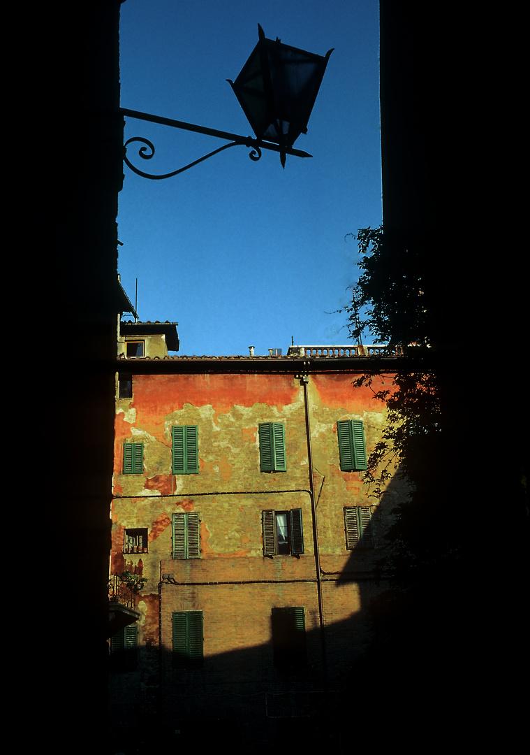 Licht und Schatten in Siena