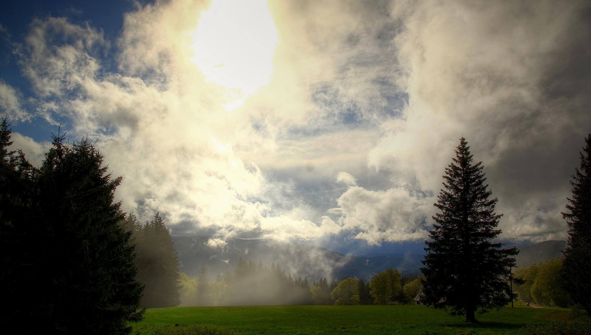 Licht-Wolkenspektakel