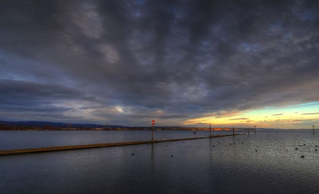 Licht-Wolkenstimmung über dem Bodensee