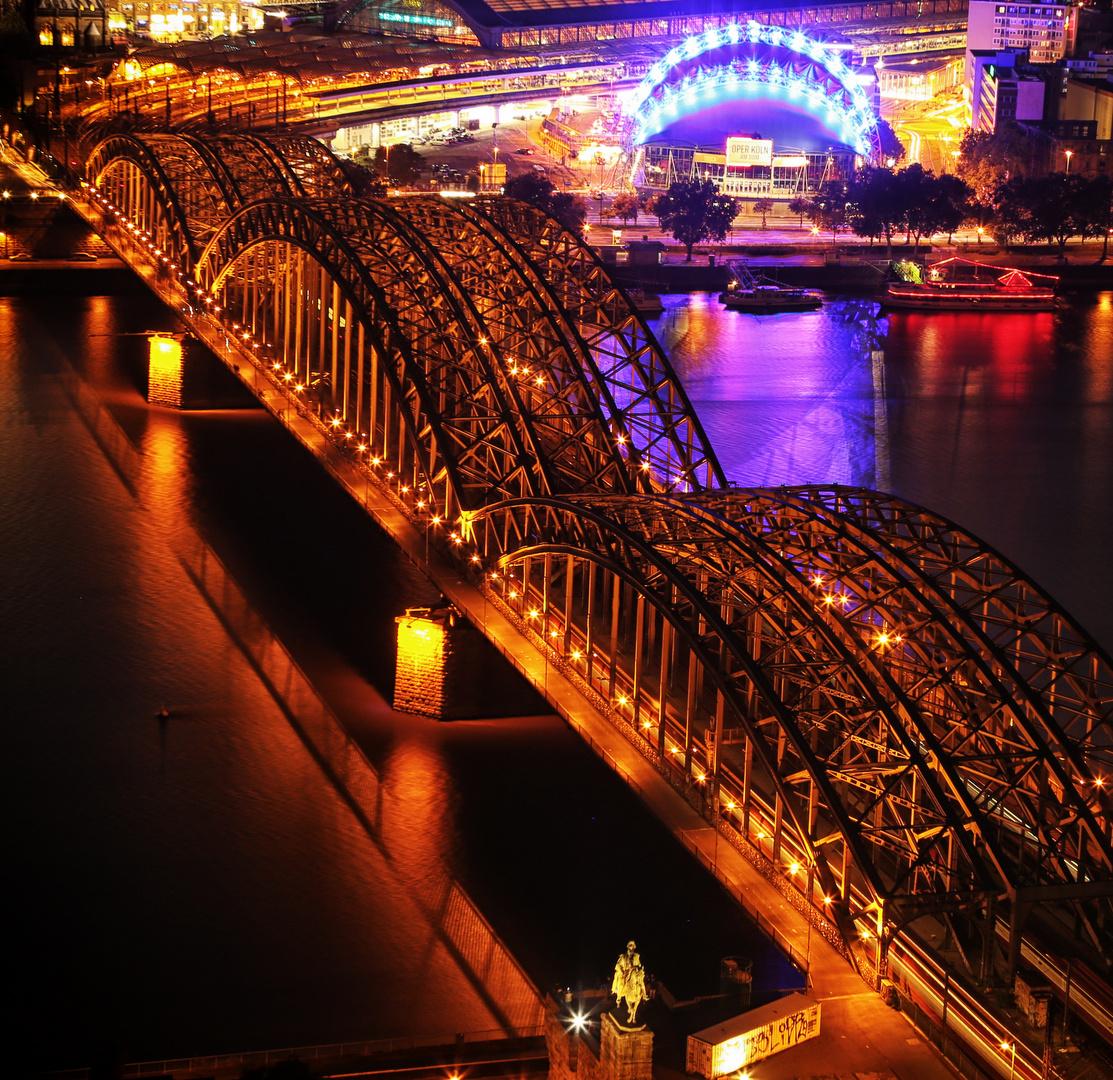 Lichter der Stadt - Köln Hohenzollernbrücke