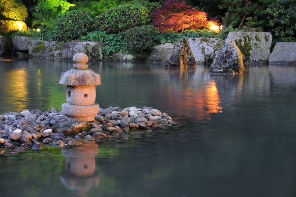 Lichterzauber im Japangarten