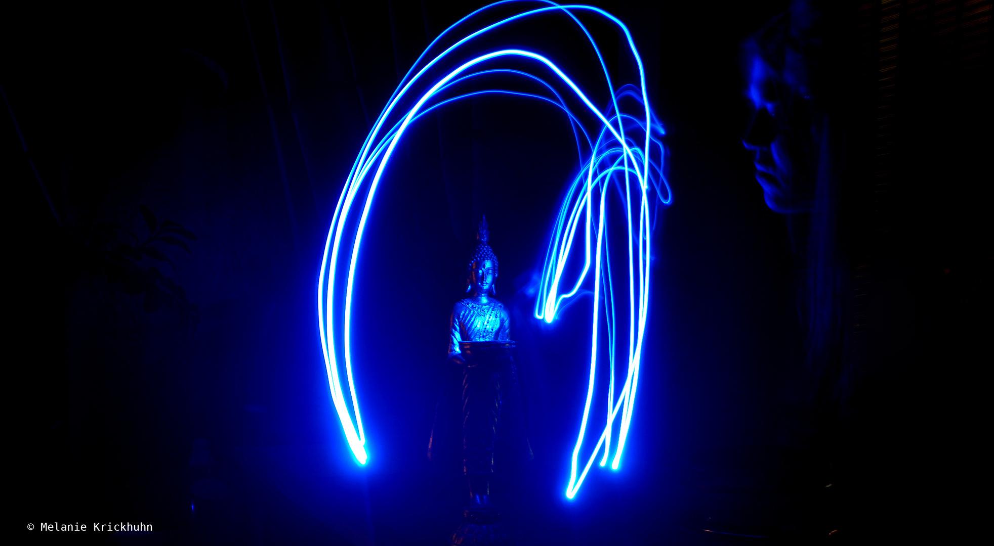 Lichtexperimente in blau