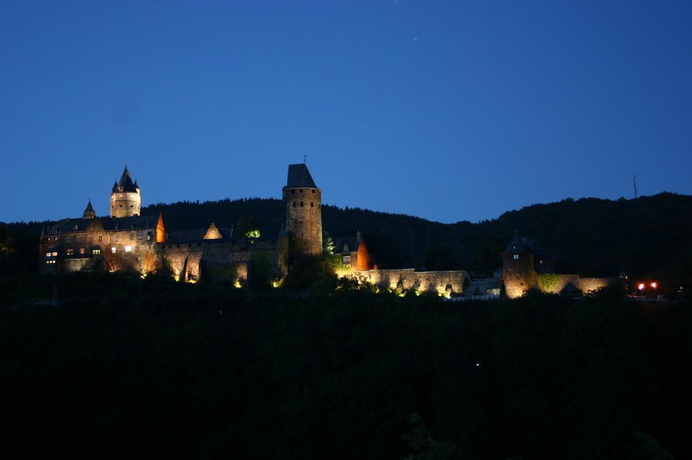 Lichtspiel auf Burg Altena